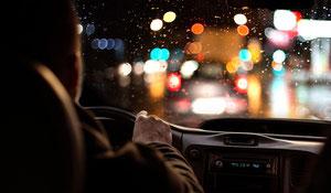 Conseils de sécurité pour conduire la nuit